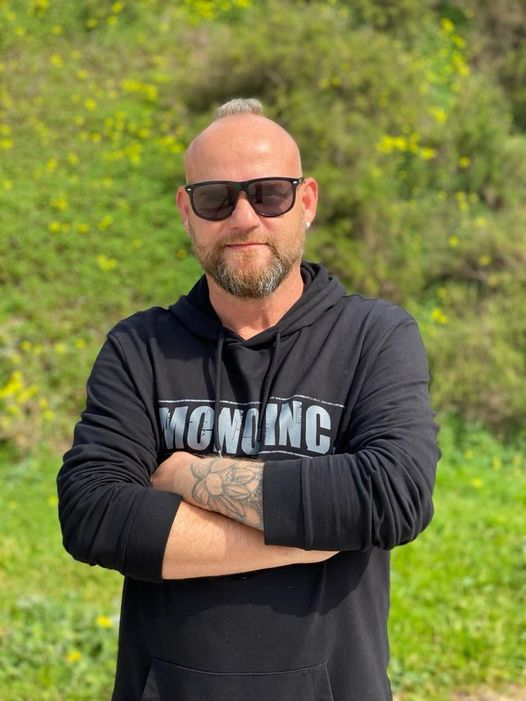 Martin Engler MONO INC.